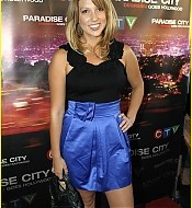 lauren-collins-paradise-pretty-39.jpg